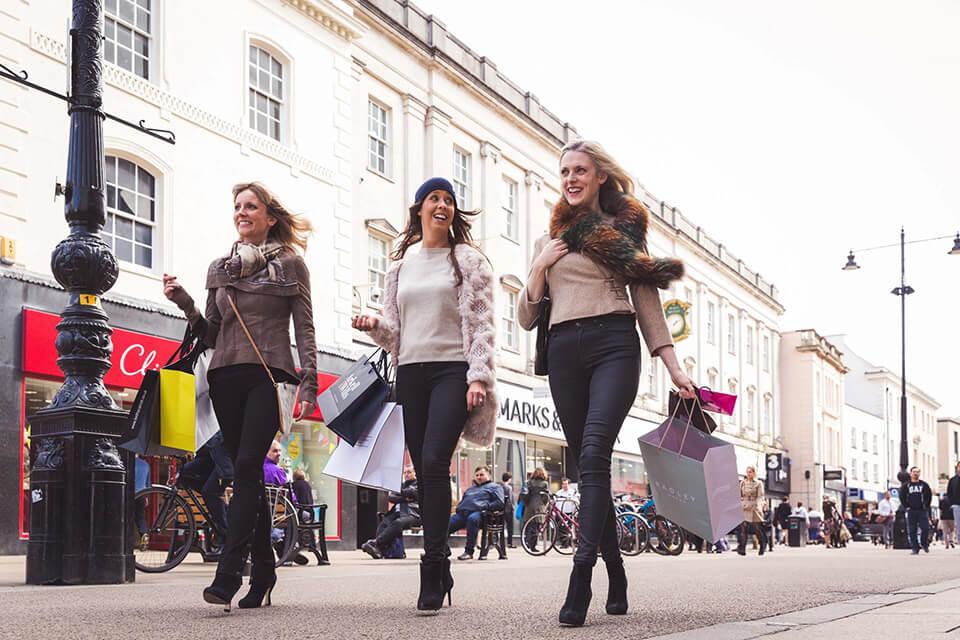 High Street shopping redit